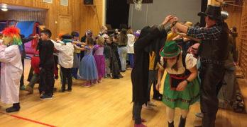 Avsluttet uka med sambarytmer og karnevalsfest